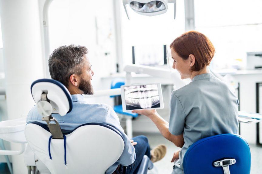 Dentists should tell patients about gum disease
